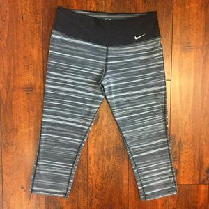 Nike DRI-FIT Activewear Capri Leggings